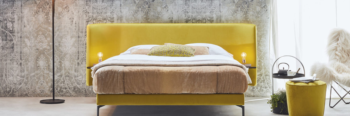 The bed from Schramm is an expample for modern colorblocking.