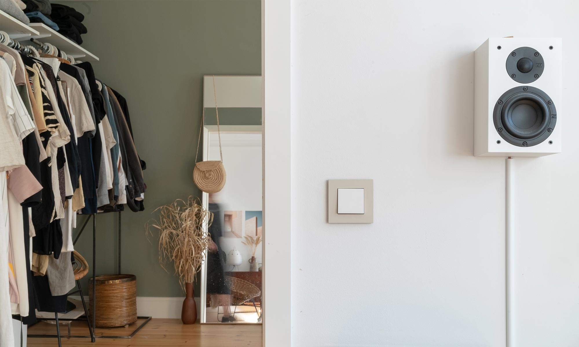 Subtle colours: view on gira light switch