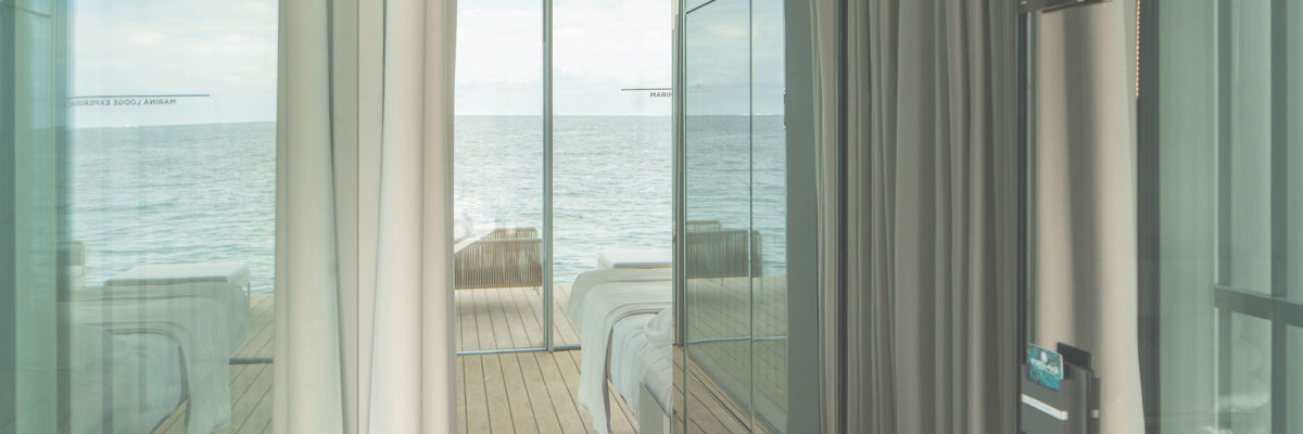 Luxurious houseboat with a special door intercom.