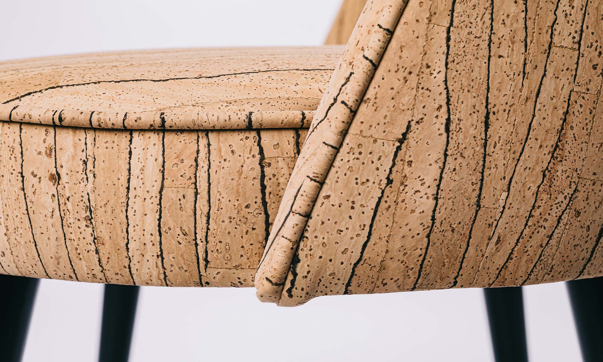 chair made from the sustainble material: cork