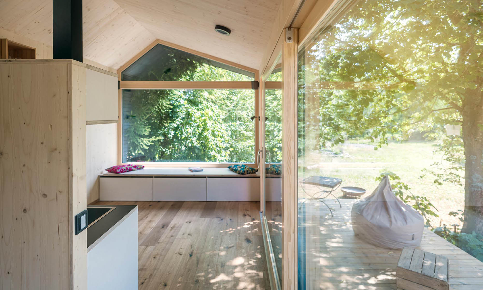 Cabin One with floor-to-ceiling windows